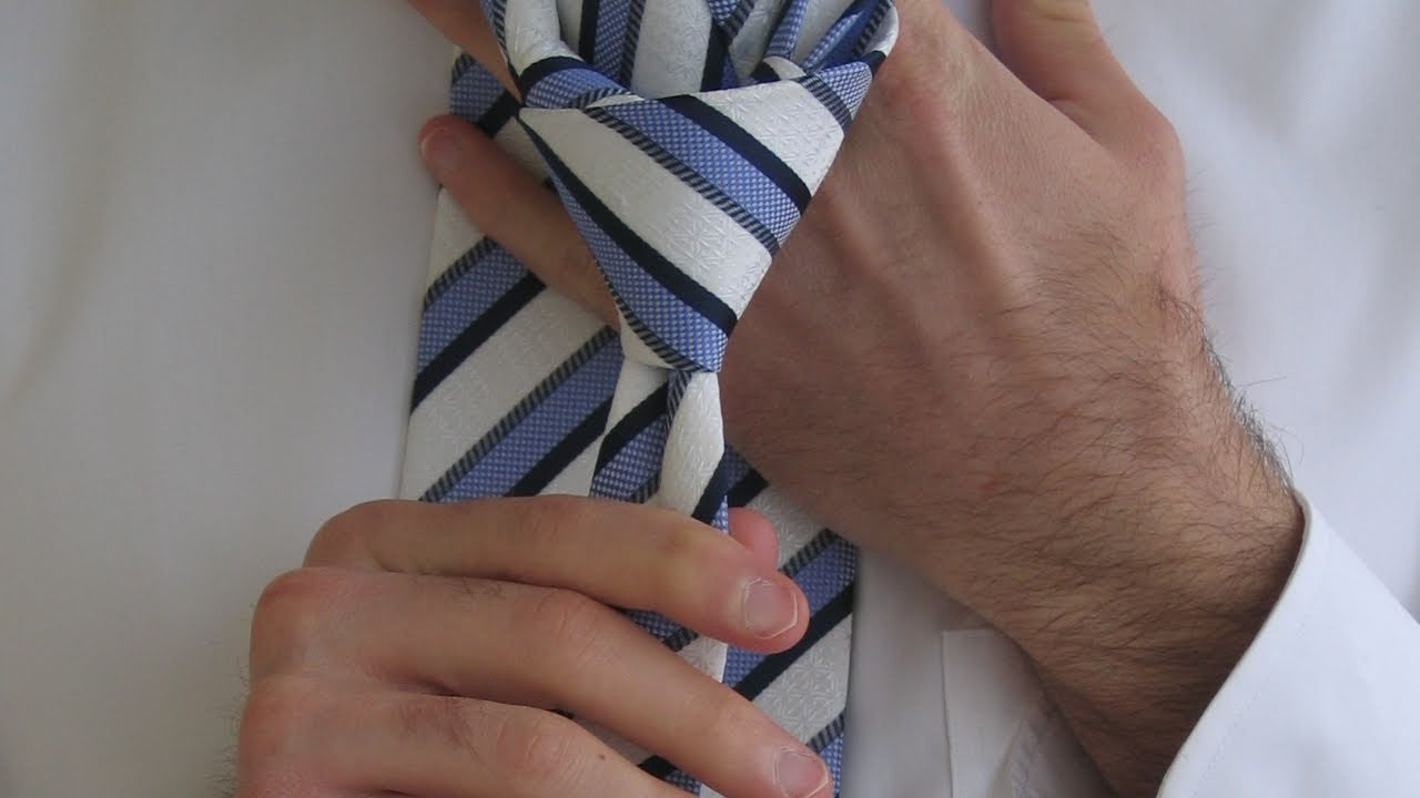 How To Tie A Half Windsor Knot Diagram How