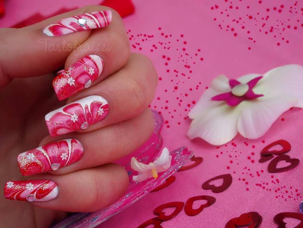 Marble nail art - 1mhowto.com