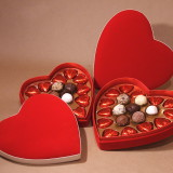 Valentine's-Day-Gift-Ideas-for-Her-Chocolates