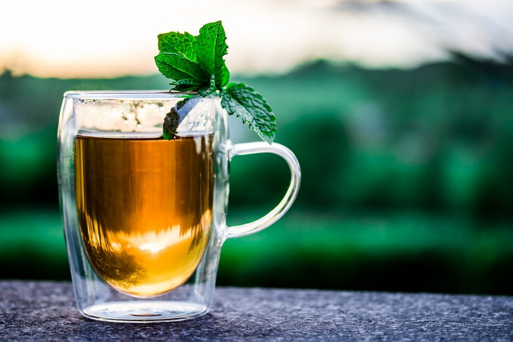, 3 Natural Drinks That Will Flatten Your Belly