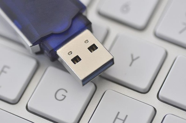 How to Format a USB Flash Drive on a Mac