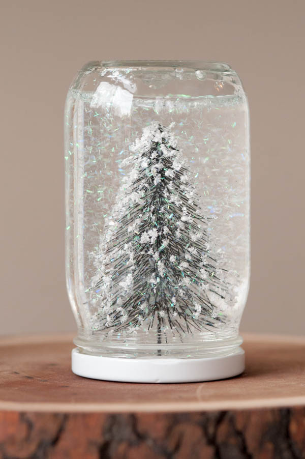 How to make snow globe