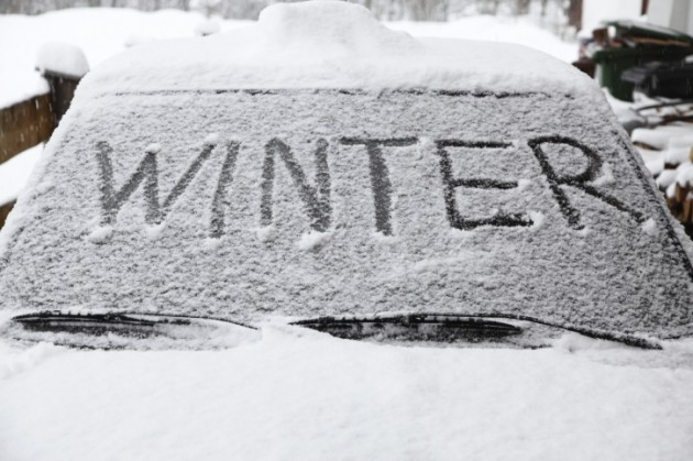 What to carry in your vehicle during winter weather