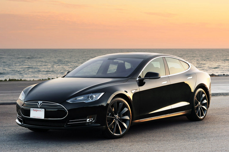 5 reasons why is Tesla Model S a perfect car