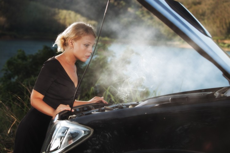 What to do when the car engine overheats