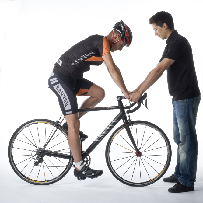 How to properly adjust the bike saddle height