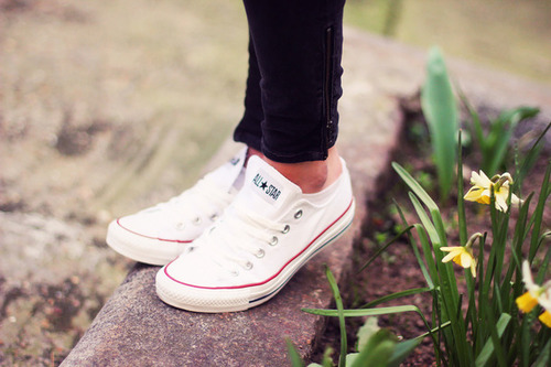 How to keep your white canvas sneakers white