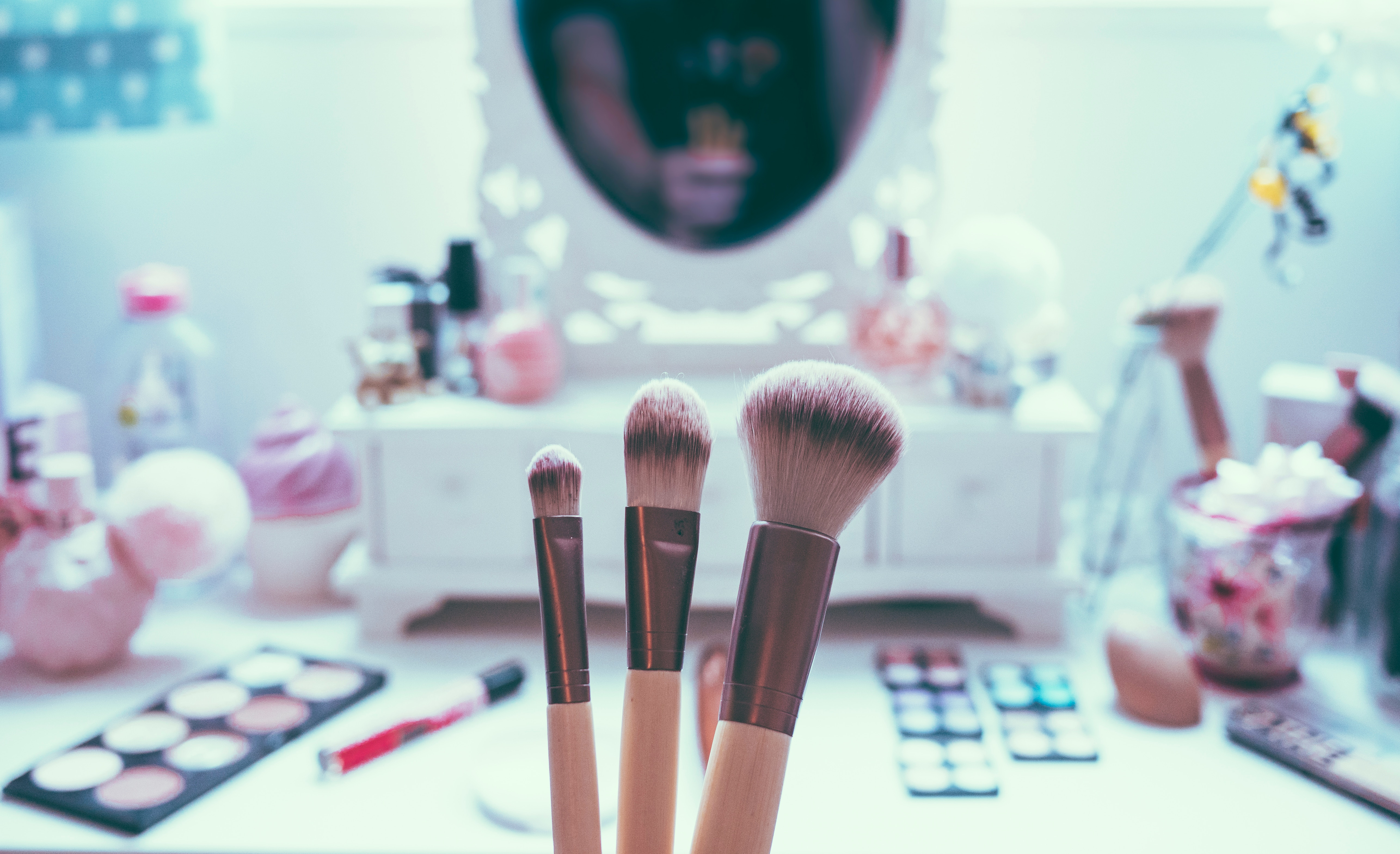 , 5 Makeup Mistakes You Have to Avoid if You Don't Want to Look Older