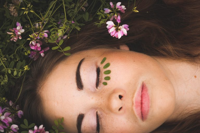 5 Effective Ways to Pamper Yourself Overnight